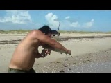 Акула укусила парня